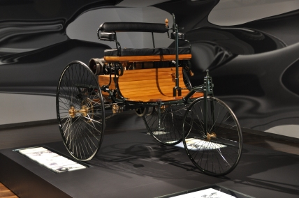 Auto 1886